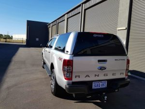 Ford-Ranger-Workstyle-Fibreglass-Canopy