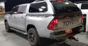toyota-hilux-Delux-4x4-sport