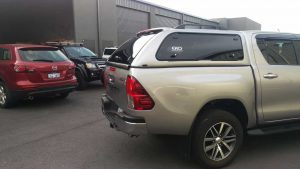 Toyota-Hilux-Ekotop-Fibreglass-Canopy