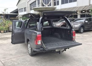 Toyota-hilux-canopy-workstyle