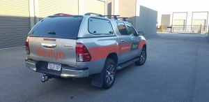 toyota_hilux_delux_canopy