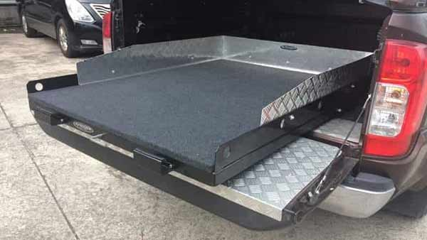 Tray Slides - Delux 4x4 Accessories
